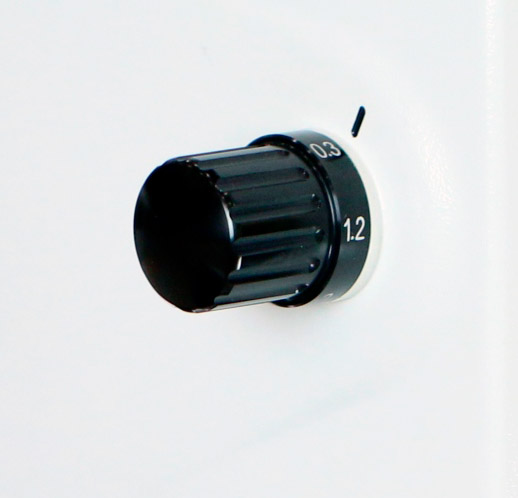 &-stegs vorstørrelsesveksler mikroskop